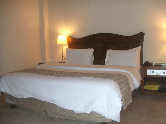 Hotel Margala: Double bed