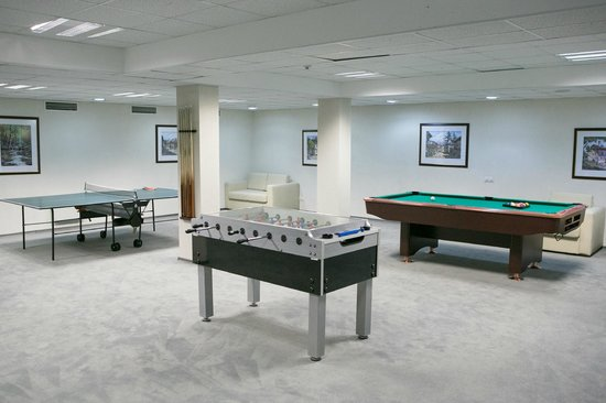 Balkan Jewel Resort : Games Room