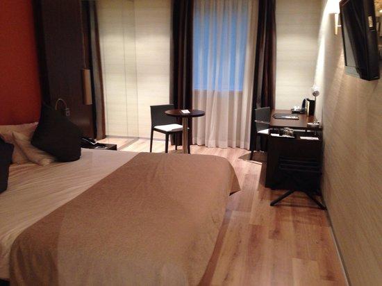 LOFT Hotel Bratislava: Chambre