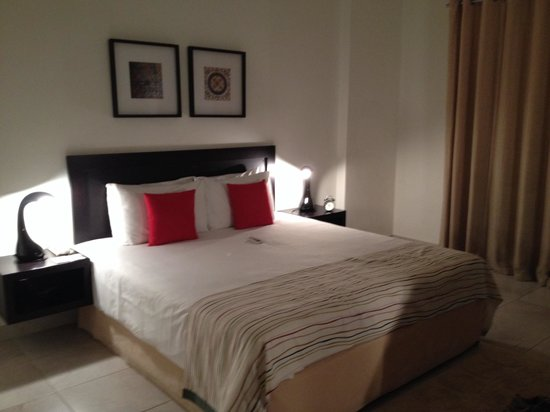 Midan Hotel Suites, Muscat : Double room