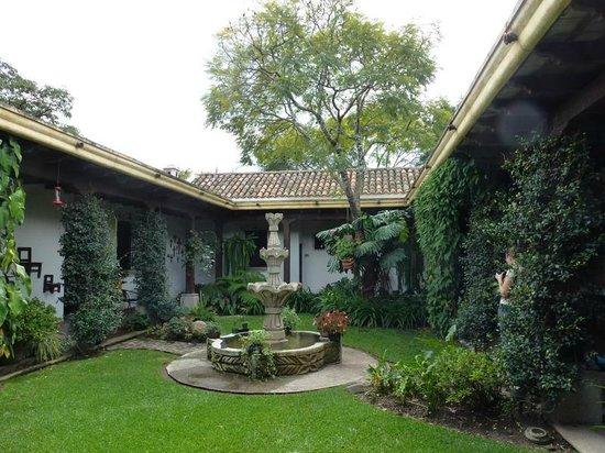 Hostal Las Marias: Las Marias - patio