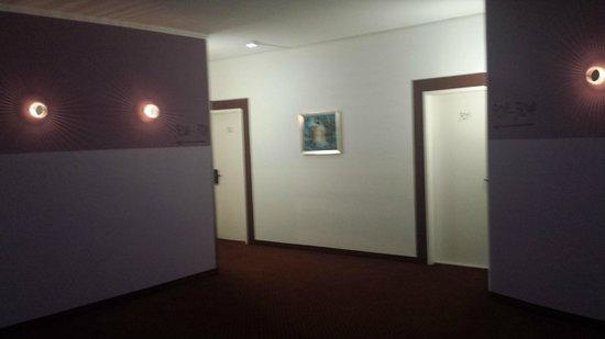 Novum Hotel City B Berlin Centrum: corridoio hotel