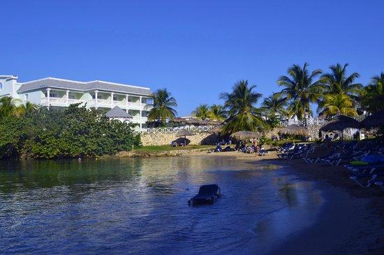 Grand Palladium Lady Hamilton Resort & Spa: Adult Private Area (one of many)