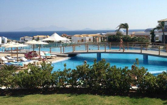 Mitsis Blue Domes Resort & Spa : Vista da metà villaggio