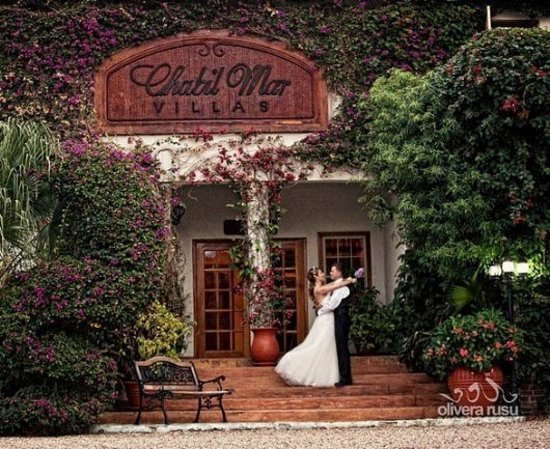 Chabil Mar: Destination Weddings in Belize