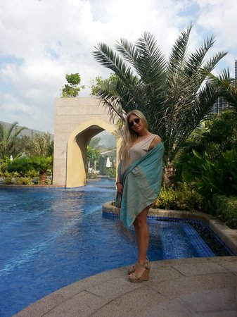Conrad Dubai: Pool