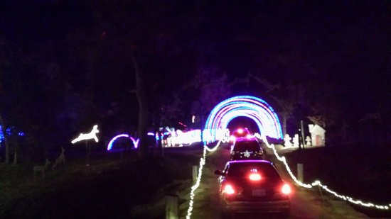 Santa's Wonderland : second tunnel (cell phone photo)
