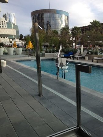 Aloft Orlando Downtown: POOL