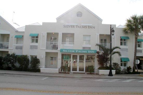 Silver Palms Inn: la facciata
