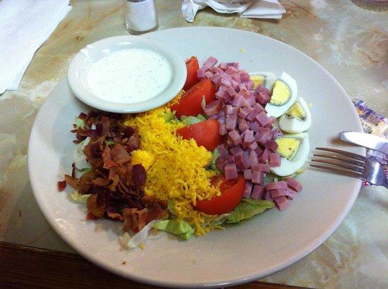 Town House Restaurant: Chef Salad