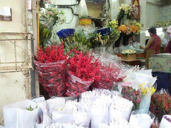 ถนนตลาดดอกไม้: Christmas flower