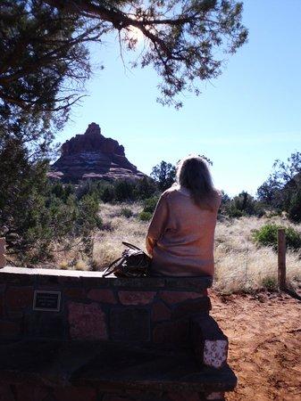 Sedona Red Rock Tours : Enjoying the beauty of Bell Rock