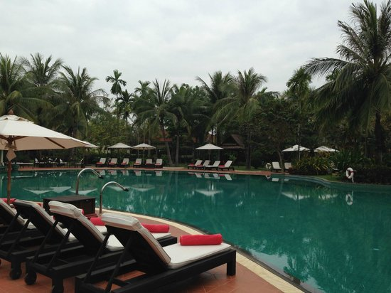Sofitel Angkor Phokeethra Golf and Spa Resort: Piscine