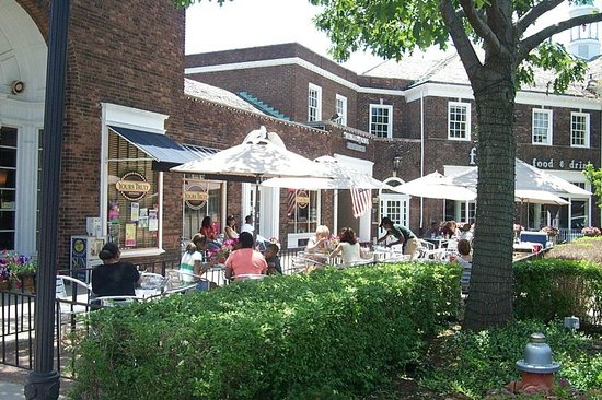 A Warm Day Outside At Yours Truly Shaker Square Picture Of