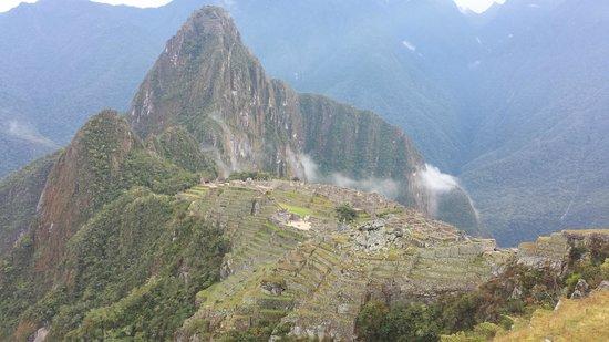 Machu Picchu Viajes Peru : City from the side