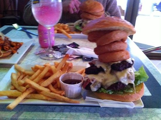 The Watering Hole: gourmet burger @ Watering Hole