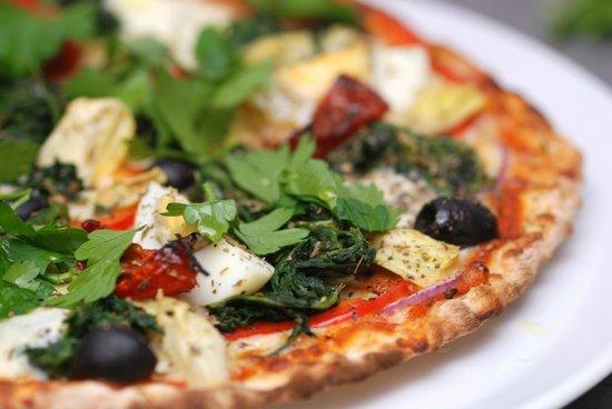 The Garden Cafe at Farringford: Delicious pizza
