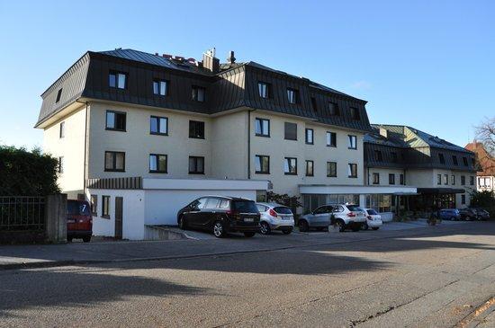 Hotel Bruchsal Scheffelhoehe: Façade