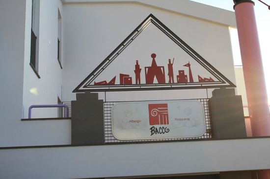 Hotel Bacco: l'insegna