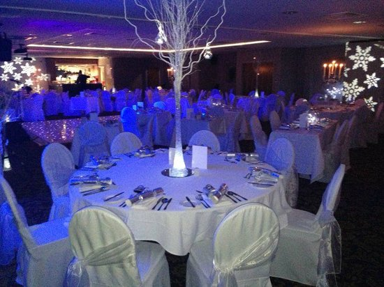 Quality Hotel Boldon: New Year's Eve room setting