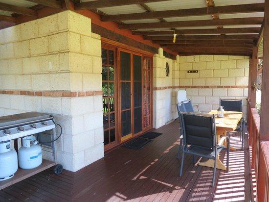Clover Cottage Country Retreat : Verandah, cottage two
