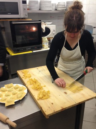 Dolce Maria : Making pasta