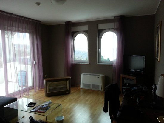 Hotel Villa Kapetanovic: L'interno dell'appartamento