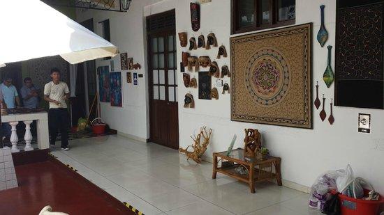 Hotel La Casona Iquitos: Garden inside the hotel