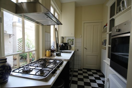 Wherels: The House next door: the kitchen