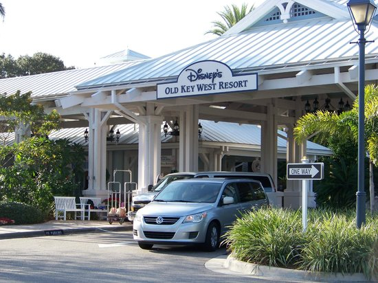 Disney's Old Key West Resort: Arrival at Hospitality House