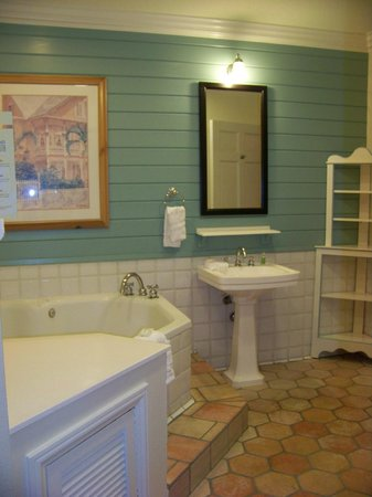Disney's Old Key West Resort: Jacuzzi room