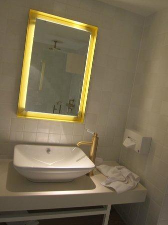 Hôtel Les Haras : Badezimmer