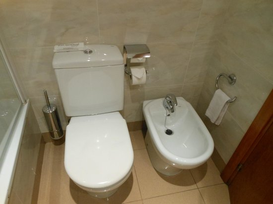 Hotel Aranea: bagno hotel