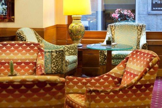 Lugano Dante Center Swiss Quality Hotel: Hall lounge
