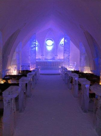 Hôtel de Glace : Ice church
