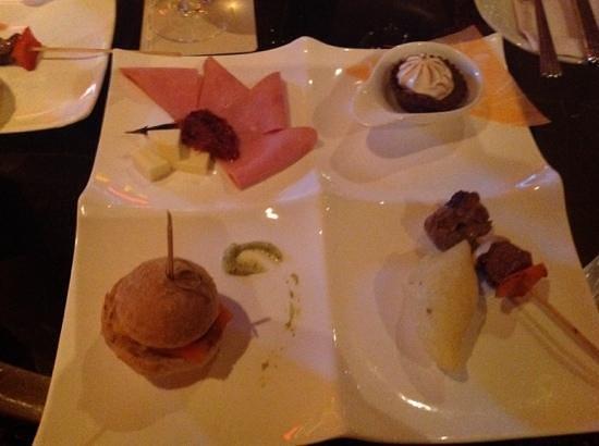 Hilton Bogota: Snack au bar Levels