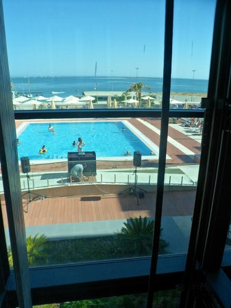Real Marina Hotel & Spa: View of pool from lift