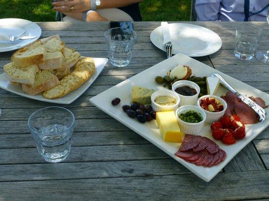 Gisborne Wine Centre: Antipasto platter on wine tour - YUM!