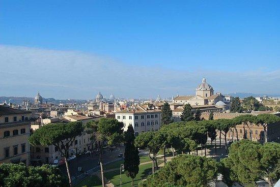 Panoramica su Roma (scattata dalla terrazza dell\'altare della Patria ...