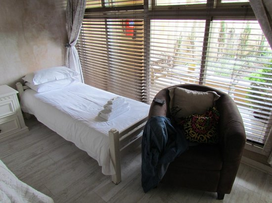 Petite Provence B&B: Extra Bed