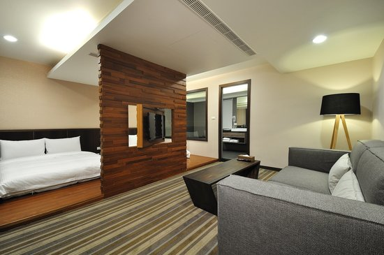 Sun Sweet Hotel, Hotels in Luodong