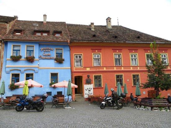 Casa Saseasca ( bleue ) à Sighisoara