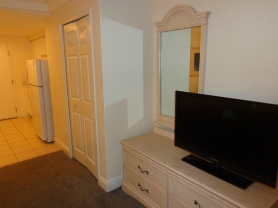 Daytona Beach Resort and Conference Center: nice digital cable and flat screen tv
