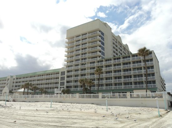 Daytona Beach Resort and Conference Center : from the beach