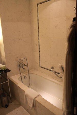 The Westin Valencia: salle de bains