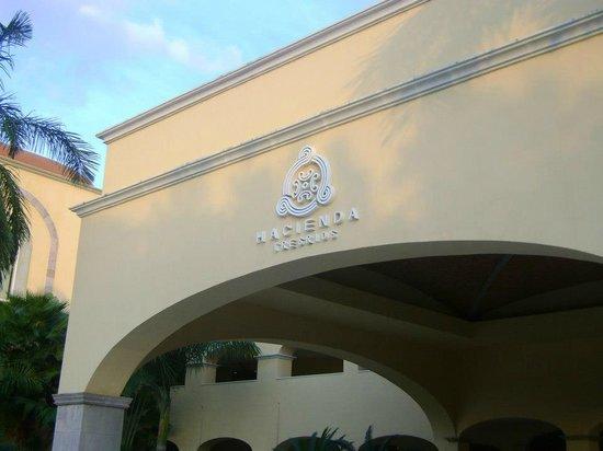 Hacienda Tres Rios: Entrada