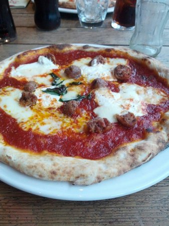 Rossopomodoro - Covent Garden: Pizza con polpettine