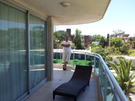 Sol y Luna Home & Spa: balcon hacia chiverta