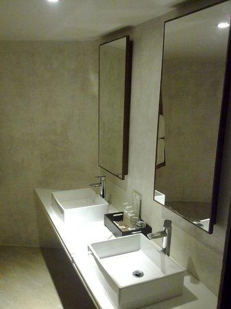Beyond Resort Krabi: Bathroom Villa