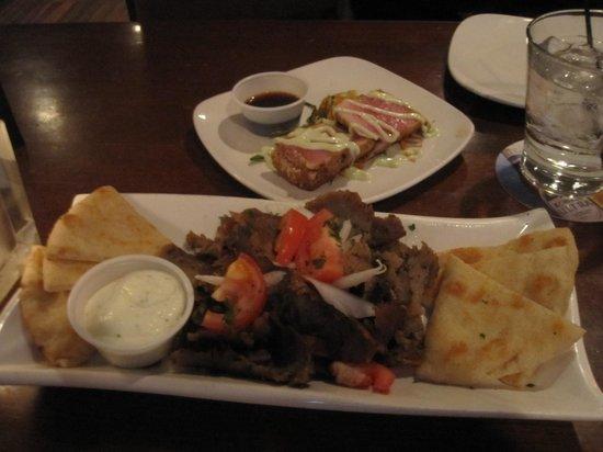 Shorewood Restaurant: Gyros $5 and Ahi Tuna $6 DELICIOUS!!